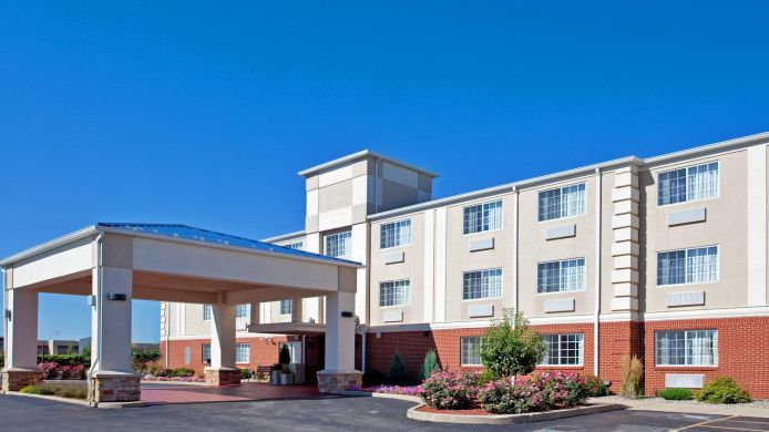 Exterior view Holiday Inn Express & Suites WABASH