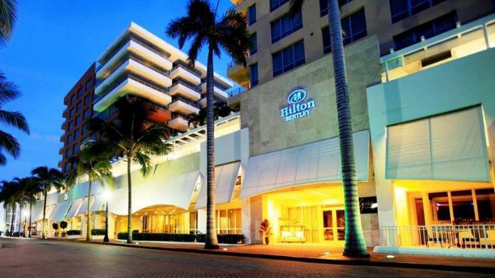 Exterior View Hilton Bentley Miami South Beach