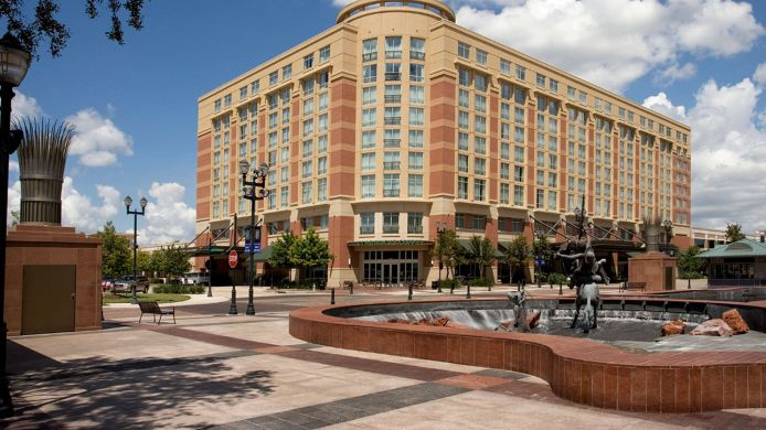 Exterior view Sugar Land Marriott Town Square