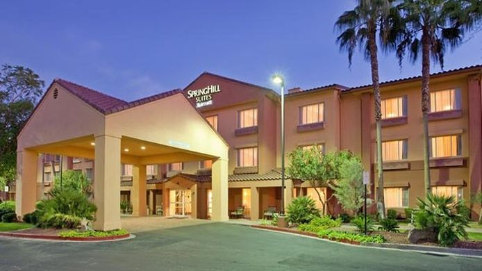 Buitenaanzicht SpringHill Suites Tempe at Arizona Mills Mall