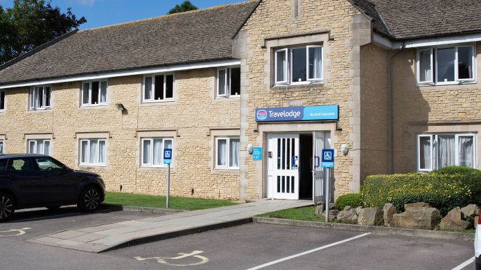 Exterior view TRAVELODGE BURFORD COTSWOLDS