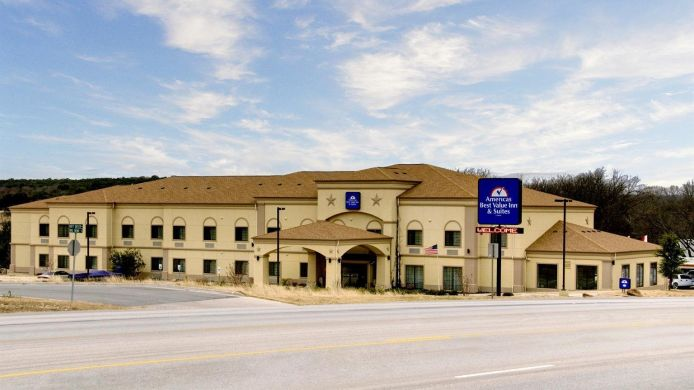 Exterior view Quality Inn & Suites Glen Rose