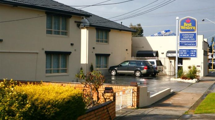 Exterior view BEST WESTERN FAWKNER SUITES AN
