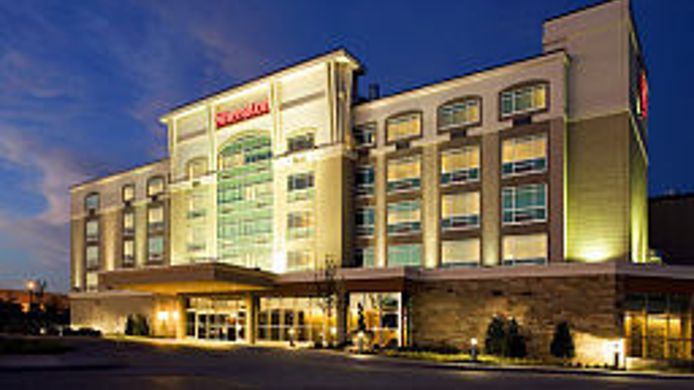 Exterior View Sheraton Midwest City Hotel At The Reed Conference Center