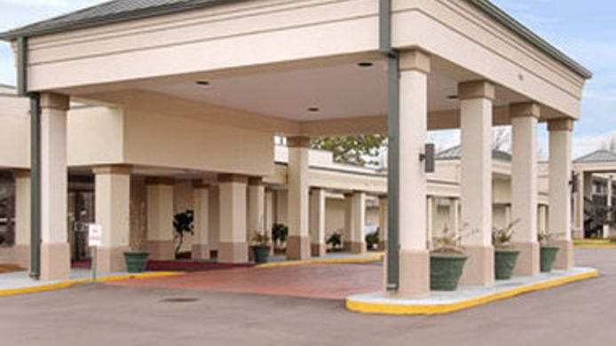 Exterior view DAYS INN CLEVELAND. MS