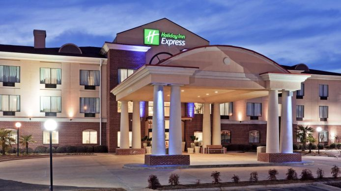 Holiday Inn Express Suites Forest 4 Hrs Star Hotel In