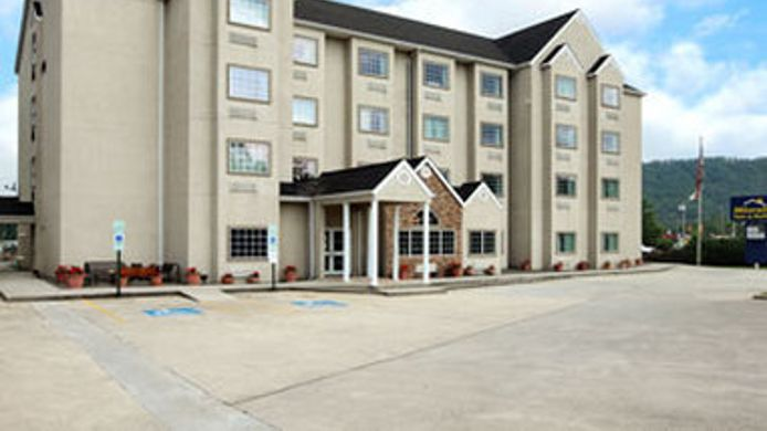 Exterior view MICROTEL INN & SUITES BY WYNDH