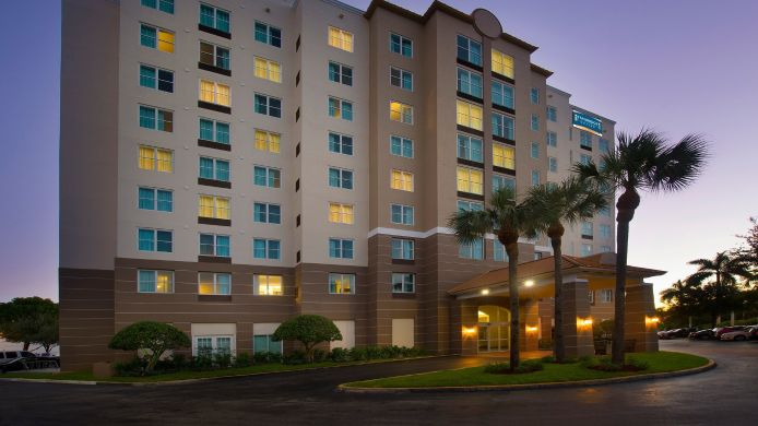 Buitenaanzicht Staybridge Suites MIAMI DORAL AREA