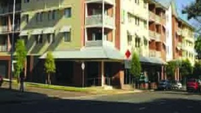 Exterior view Quality Advance Apartments Darwin