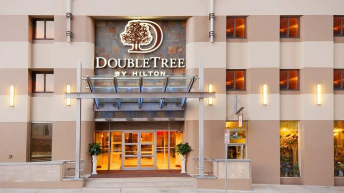 Buitenaanzicht DoubleTree by Hilton Hotel - Suites Pittsburgh Downtown