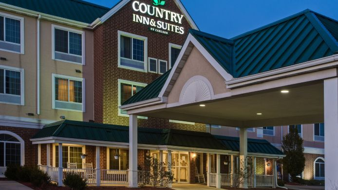 Exterior view IN  Merrilville Country Inn and Suites By Carlson
