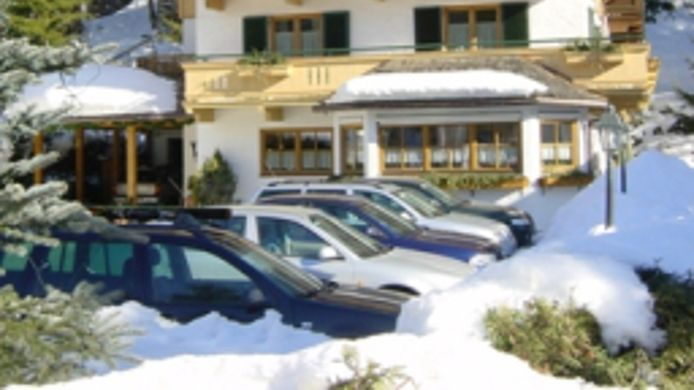 Exterior view Angela Pension