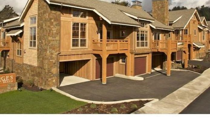 Exterior view LODGES AT CANNON BEACH