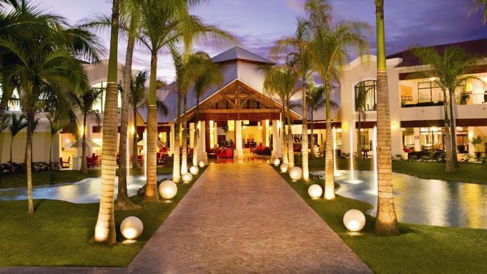 Exterior View Dreams Palm Beach Punta Cana
