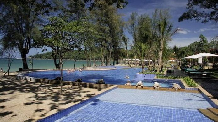 Buitenaanzicht KHAOLAK EMERALD BEACH RESORT & SPA