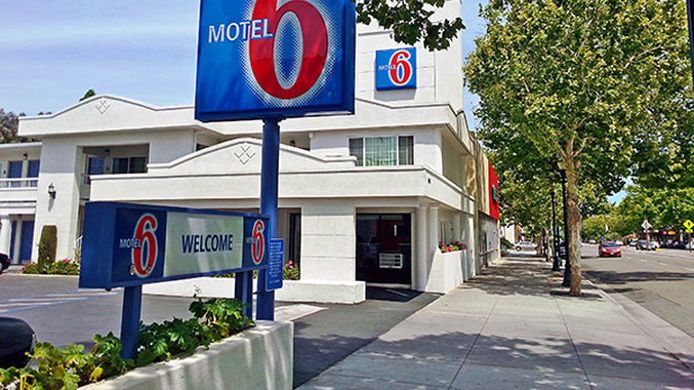 Exterior view MOTEL 6 SAN JOSE CONVENTION CENTER