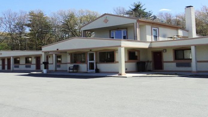 Exterior view SKY VIEW MOTOR INN JOHNSTON
