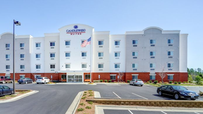 Exterior view Candlewood Suites WAKE FOREST RALEIGH AREA