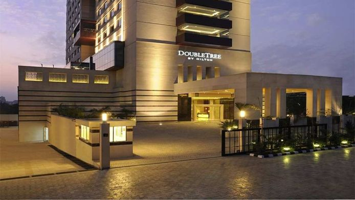 Exterior View Doubletree By Hilton Hotel Gurgaon New Delhi Ncr