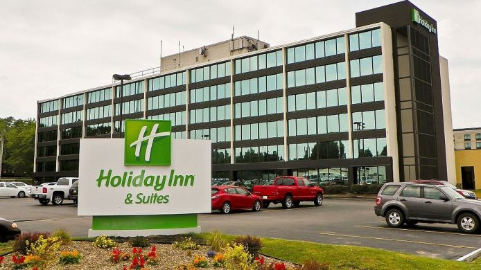 Exterior view Holiday Inn Hotel & Suites CHARLESTON WEST