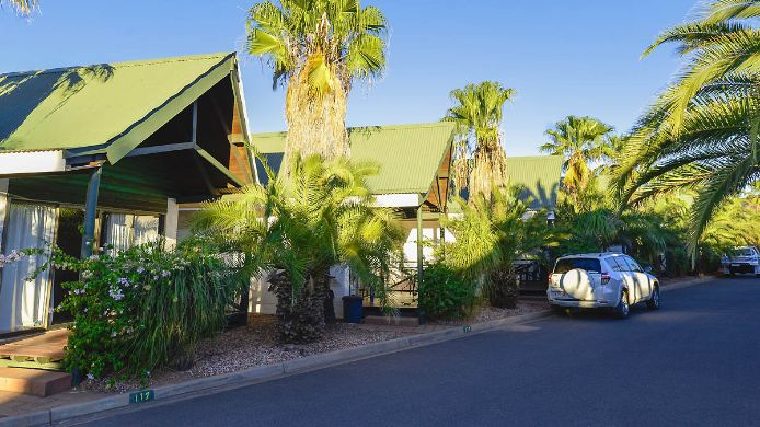 Exterior view Desert Palms Alice Springs