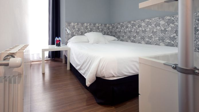 Double room (standard) Nitzs BCN Hostal