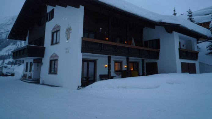 Exterior view Chalet Hilde Hotel-Appartements