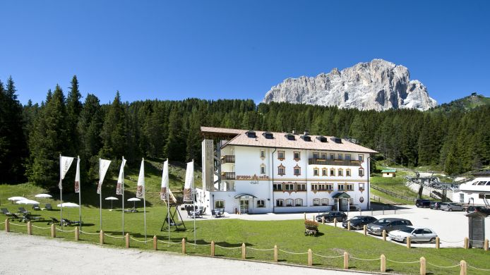 Exterior view Sella Hotel
