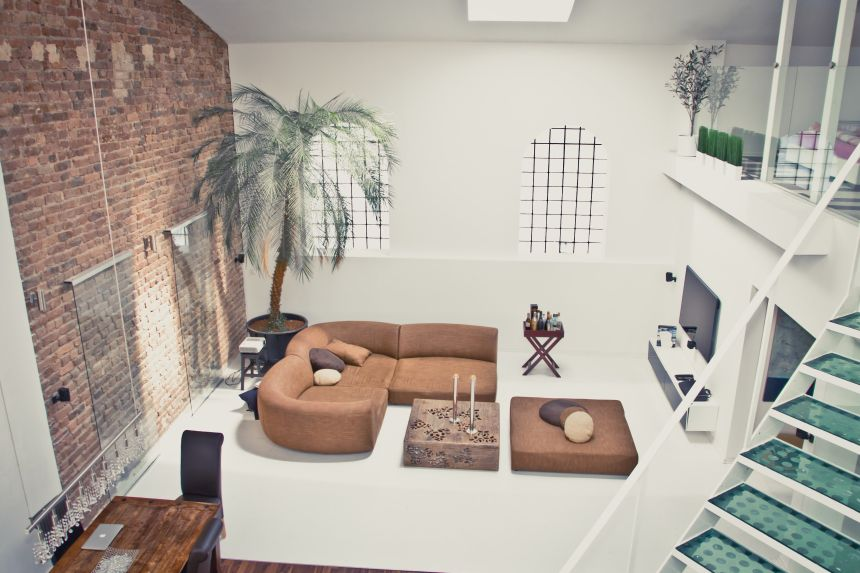 roomWithPoolView