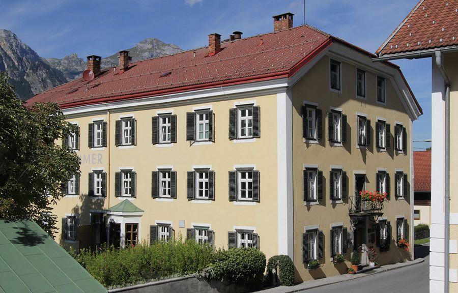 Gasthof Esterhammer Buch in Tirol Aussenansicht - Gasthof_Esterhammer-Buch_in_Tirol-Aussenansicht-2-455796.jpg