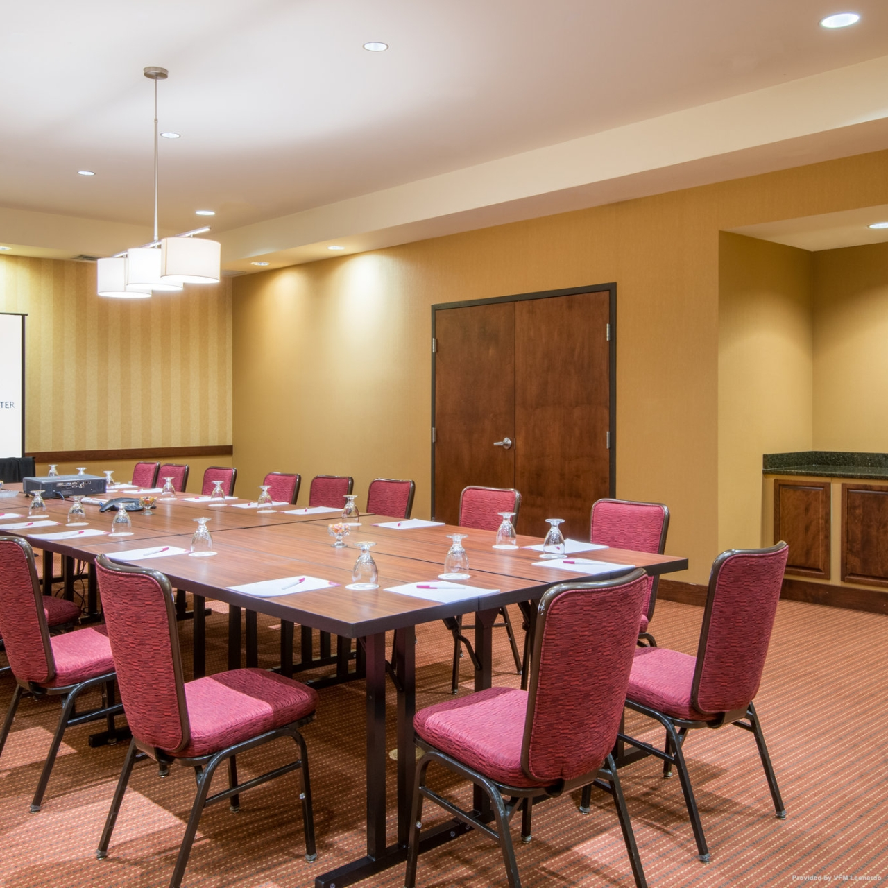 Hotel Crowne Plaza Denver Airport Convention Ctr United States Of America At Hrs With Free Services