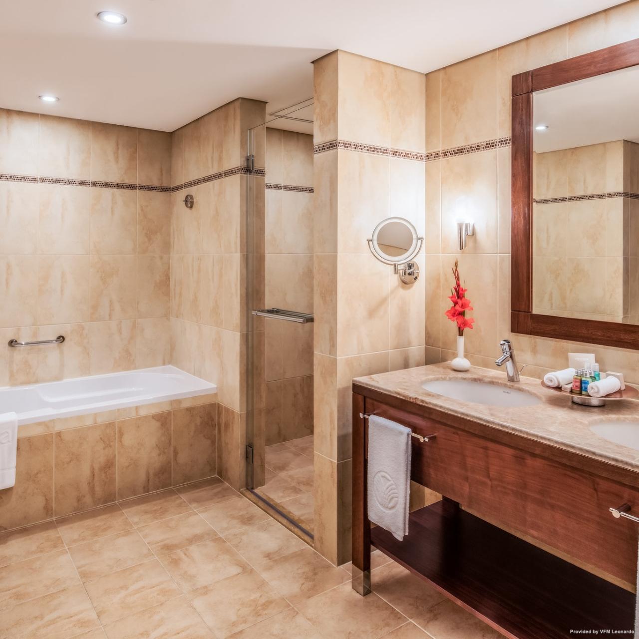 Hotel Khalidiya Palace Rayhaan By Rotana Verenigde Arabische Emiraten Bij Hrs Met Gratis Diensten